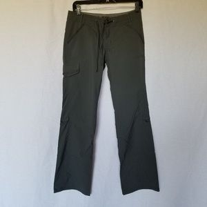 REI convertible hiking pants size 4.